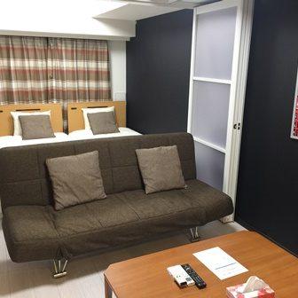 エル・グランジュテ新宿1102室内